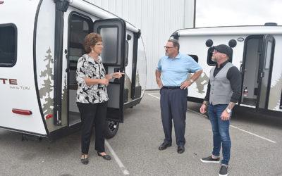 U.S. Rep. Jackie Walorski Visits Travel Lite RV in Syracuse